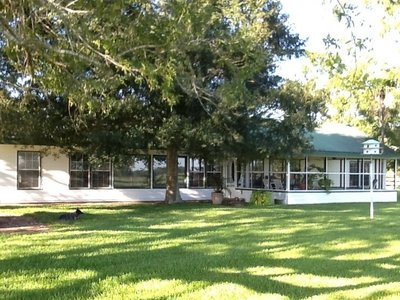 oak creek ranch deer hunting lodges include the main house for 7-plus guests
