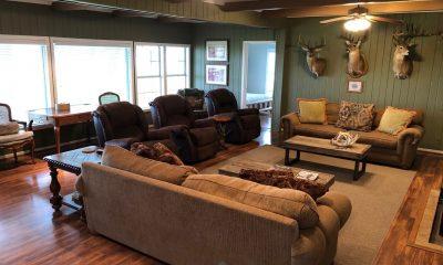 Oak Creek Ranch Columbus Tx Family Room Gathering Area