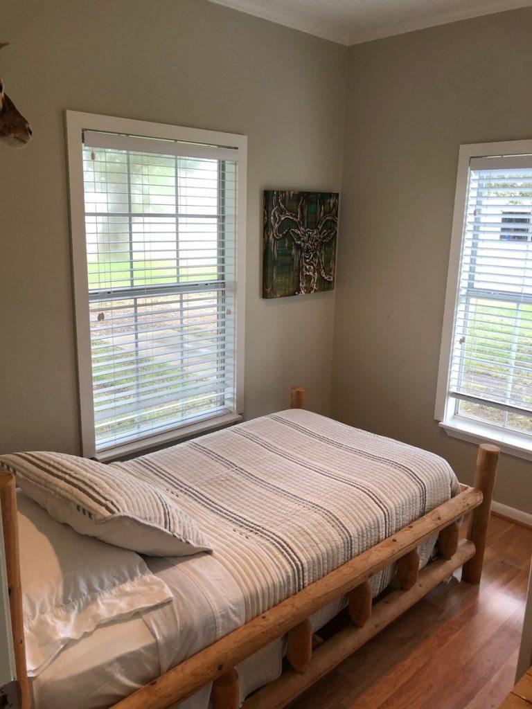 Oak Creek Ranch Single Twin Room in Main House